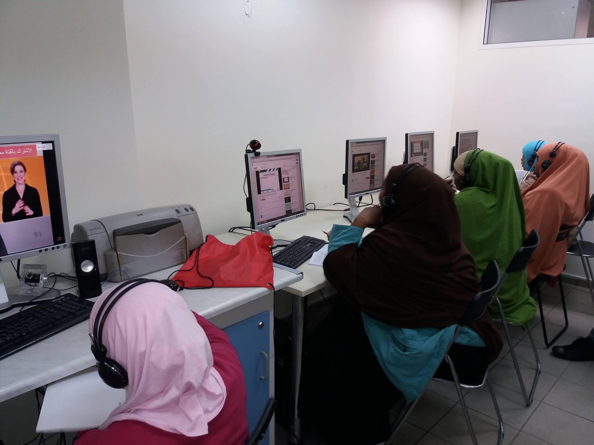 Εκμάθηση γλωσσών στο WELCOMMON με χρήση υπολογιστή