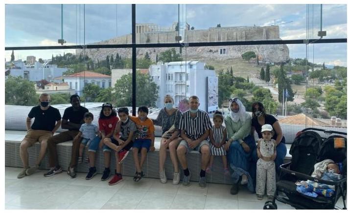 Μια μέρα στο Μουσείο της Ακρόπολης μαζί με πρόσφυγες